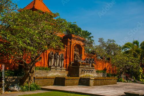 Photo  Beautiful Balinese building Tanjung Benoa. Nusa Dua, Bali