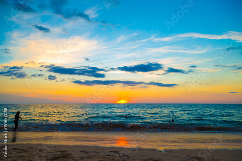 Foto op Aluminium Blauw Sea sunset colourful sky with cloud