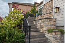 House Front Cultured Stone Wor...
