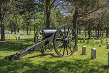 Cannon At The Stones River National Battlefield And Cemetery