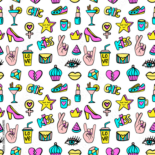 seamless-pattern-with-fashionable