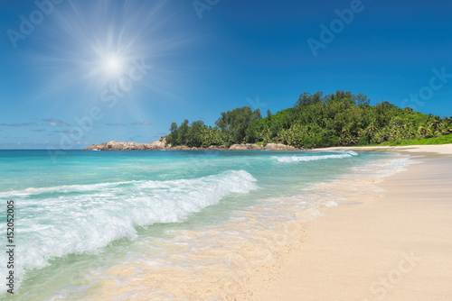 Foto op Canvas Tropical strand Sunrise at tropical beach on Seychelles.