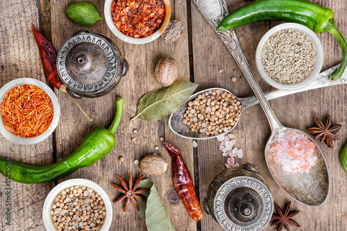 Foto op Aluminium Kruiden diversity of oriental spices
