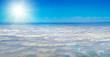 canvas print picture - Blauer Himmel über den Wolken mit herrlichem Sonnenschein