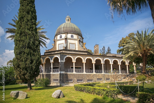 Valokuva Church of the Beatitudes roman catholic church located by Sea of Galilee near Ta