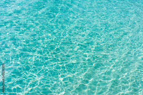Poster Mer / Ocean ocean with transparent blue water