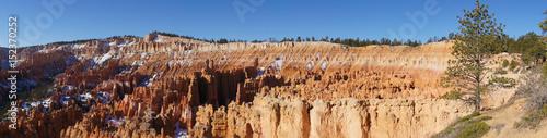 Fotobehang Natuur Park Panorama Bryce Canyon mit Schnee