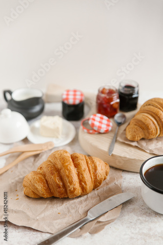 Photo Stands Coffee beans croissant