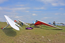 Hang Gliders Prepared To Launch