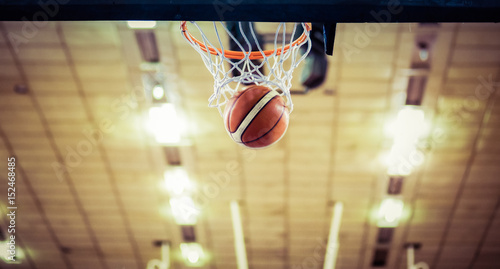 scoring the winning points at a basketball game Canvas Print