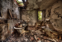 Abandoned Bathroom - Lost Places