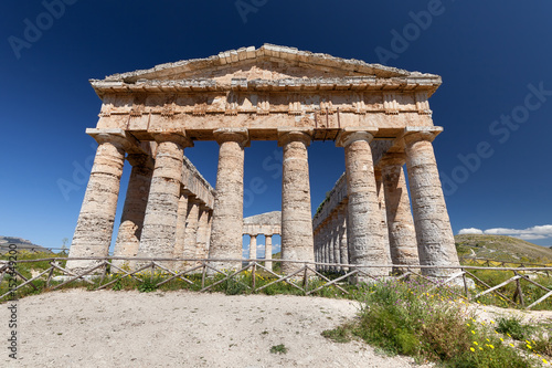 Fotografie, Obraz  Ruins of Greek temple in ancient city of Segesta, Sicily, Italy
