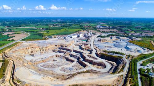 Vue aérienne de la carrière de la pointe des chemins, à Rouans en Loire Atlantique, France