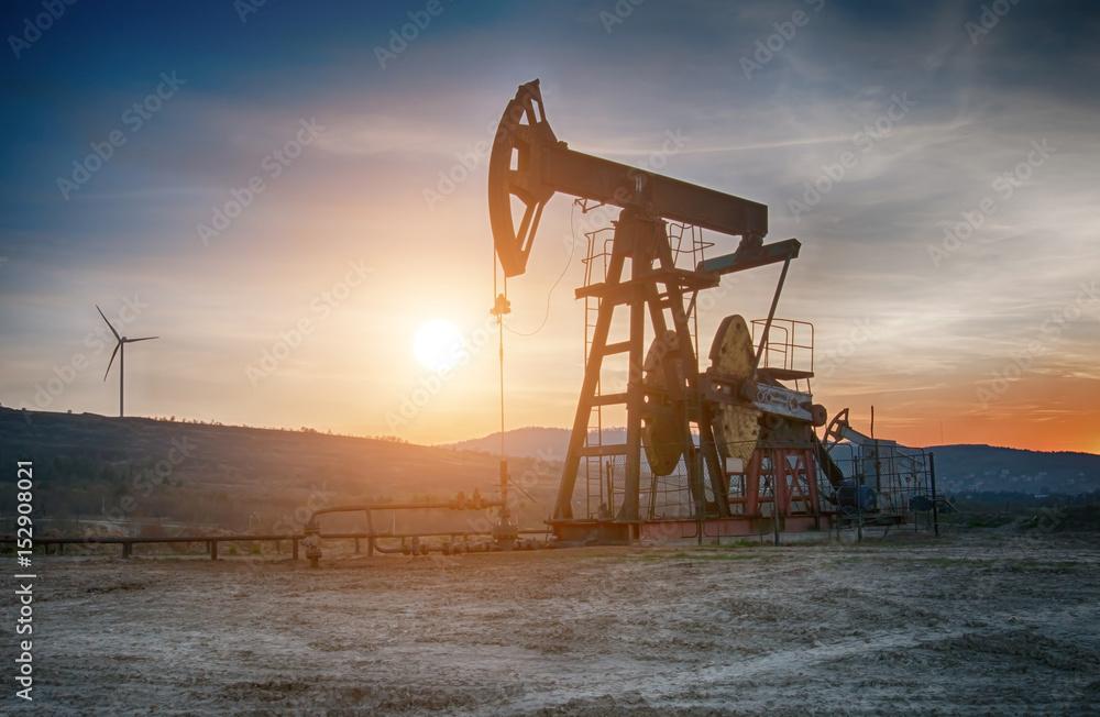 Fototapety, obrazy: oil pump on sunset