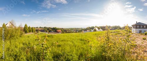 Obraz Bauland im Grünen fertig zur Erschließung - fototapety do salonu