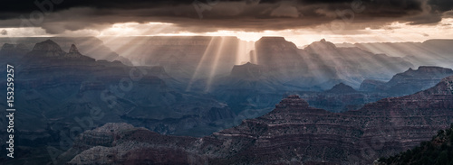 Poster Bleu nuit Grand Canyon morning light show