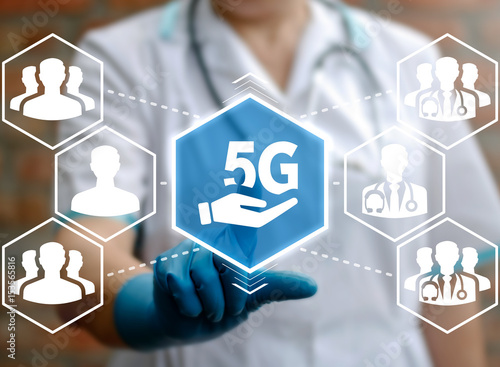 5G Network Connection Integration Internet Information Technology in Health Care. Medical Communication Web Computing Concept. Doctor touched 5g icon on virtual screen. Hospital wireless connect tech.