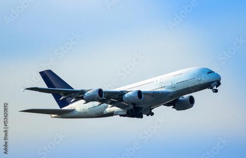 Tela  Airplane taking off
