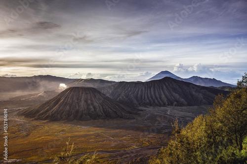Plakat Wulkan Bromo w Indonezji.