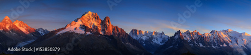 Spoed Foto op Canvas Alpen Panorama of the Alps near Chamonix during sunset. Chamonix, France.