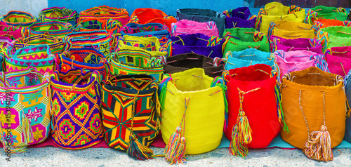 Cuadros en Lienzo  Street vendor selling craft bags in Cartagena, Colombia