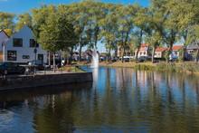 Stadtweiher In Sluis, Holland Bei Schönem Wetter