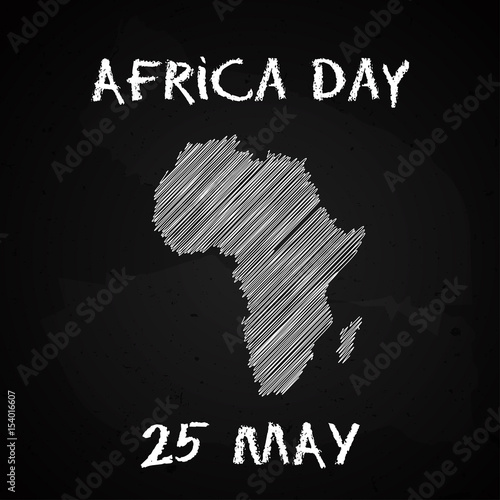 Fotomural Silhouette of the Africa continent map hand drawn chalk sketch on a blackboard