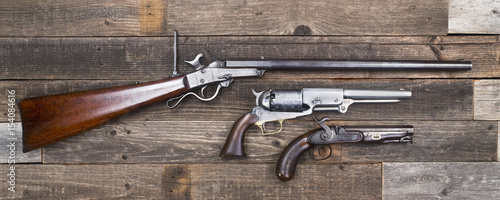 Fotografie, Tablou Civil War Era Rifle and Pistols.
