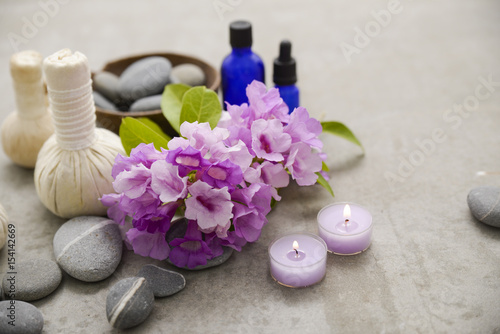 Poster Spa Tropical spa treatment on gray background