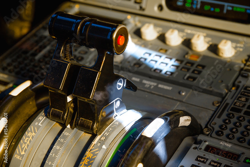 Airbus A320 thrust levers