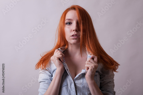 redhead busty pics