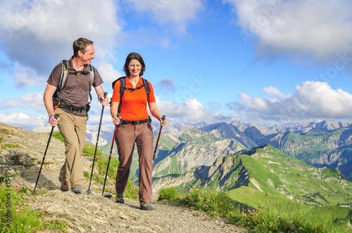 Photo  gutgelaunt unterwegs in der herrlichen Bergwelt der Allgäuer Alpen