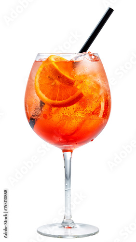 Photo sur Aluminium Cocktail glass of aperol spritz cocktail