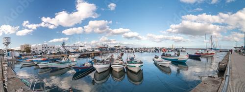 Canvas-taulu Traditional fishing boats