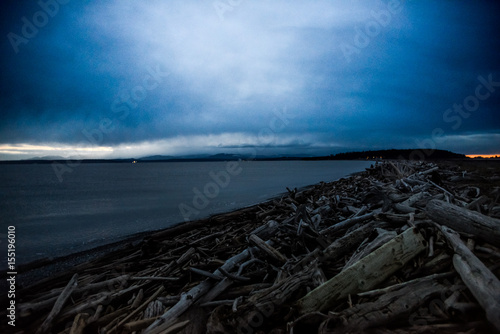 Plagát  Dramatic Dark Cloud Movement Develop Over Keystone Beach Washington Where The Oc