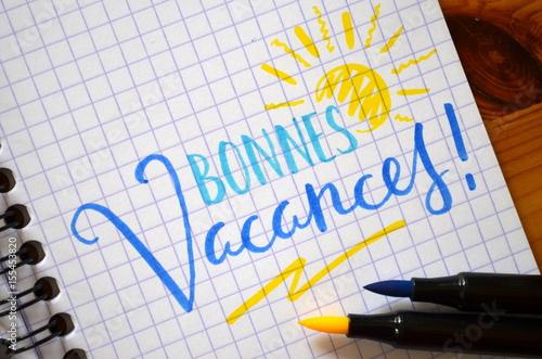 Foto  BONNES VACANCES sur cahier