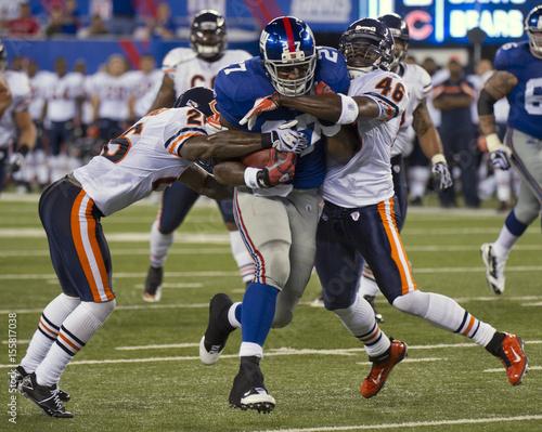 New York Giants Jacobs Breaks Between Chicago Bears Jennings And