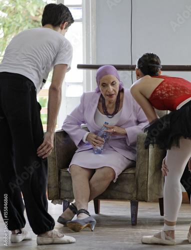 bästa online överlägsen kvalitet utförsäljning Alicia Alonso, Cuba's prima ballerina assoluta and director of the ...