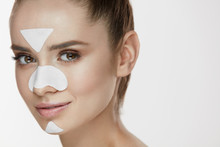 Woman Beauty Face With Mask. C...