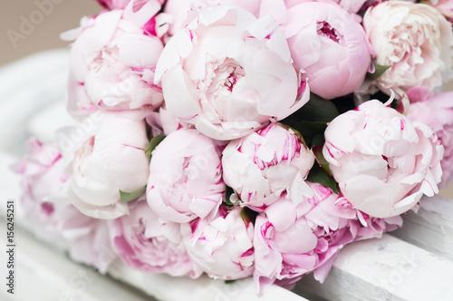 White And Pink Peonies Background Wallpaper Comprar Esta