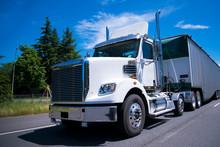 Super Rig Semi Truck Day Cab Bulk Trailer On Road
