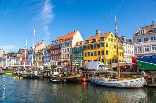 Montage in der Fensternische Skandinavien Nyhavn district in Copenhagen