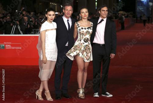 Director Jonze poses with cast members Mara, Johansson and Phoenix