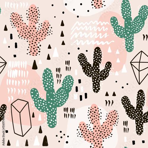 bezszwowy-wzor-z-kaktusami-geometrycznymi-ksztaltami-i-reka-rysujacymi-teksturami-doskonaly-dla-tkaniny-tkanina-wektorowy-tlo