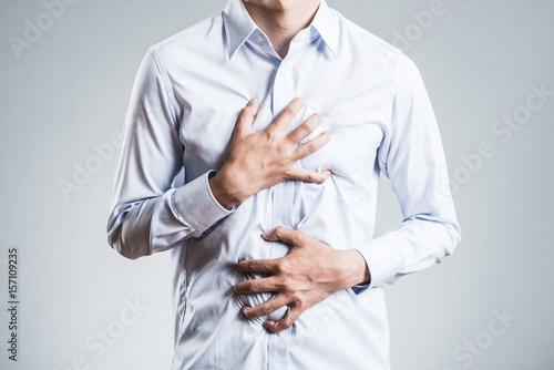 Fotografia  胸を押さえる男性,病気