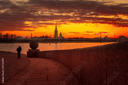 Fotobehang Bordeaux Spit of Vasilyevsky Island. View of the Peter and Paul Fortress. St. Petersburg. Neva River. Sunrise.