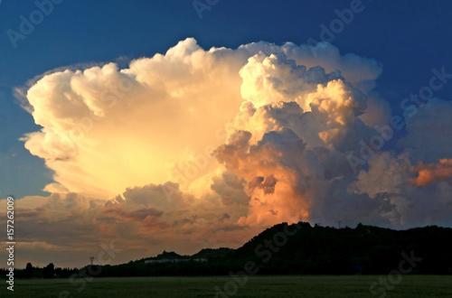Foto  Nuage cumulo-nimbus  d'été