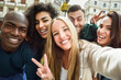 canvas print picture - Multiracial group of young people taking selfie