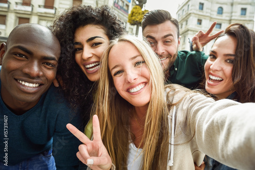 Obraz Multiracial group of young people taking selfie - fototapety do salonu
