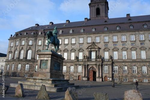 Photo  statue of Frederik VII in Copenhagen, the capital city of Denmark